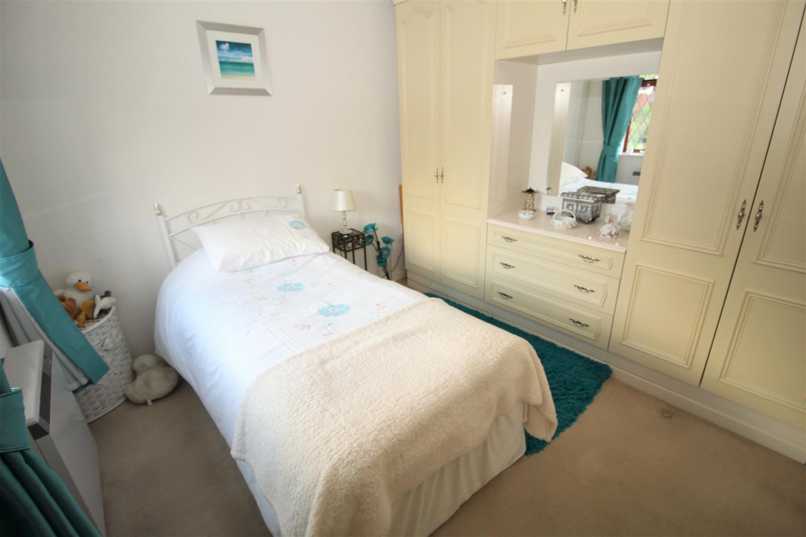 2 Bedrooms, Bungalow - Detached, Windsor Close, Bootle